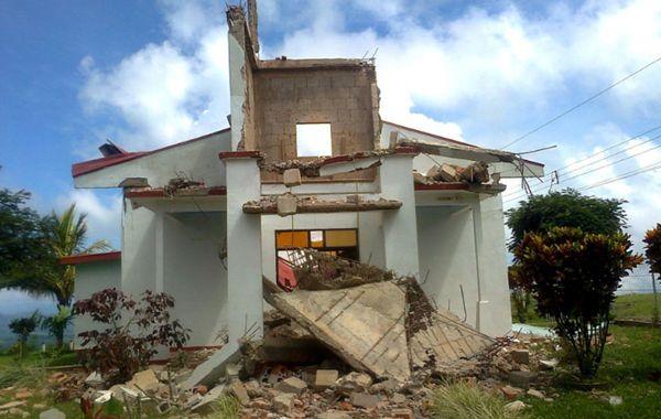 Dos muertos en Costa Rica tras un terremoto de magnitud 7,6 Richter