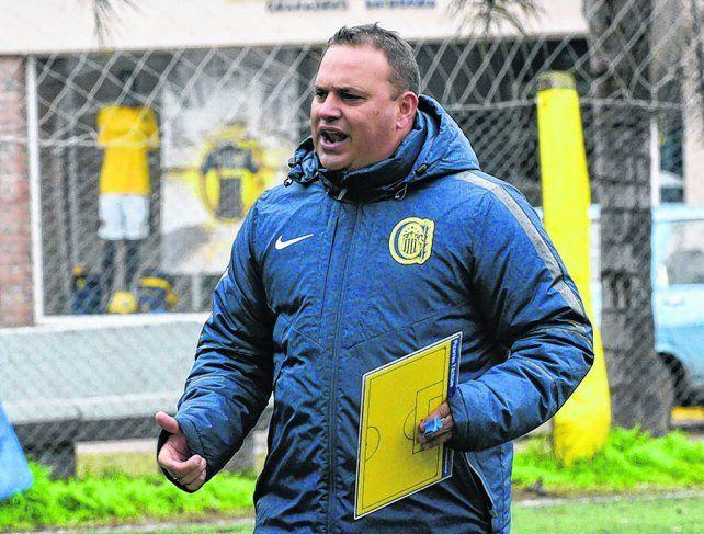 Conductor. Leo Fernández cree que hay muchos juveniles con capacidad para afianzarse en el primer equipo.