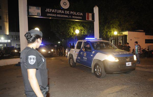 Ariel Máximo Cantero quedó detenido en la sede de la División Judiciales en la Jefatura de Policía. (Foto: Francisco Guillén)