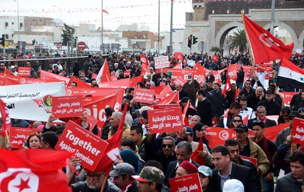 Repudio en la calle. Los tunecinos se manifestaron contra el terrorismo.