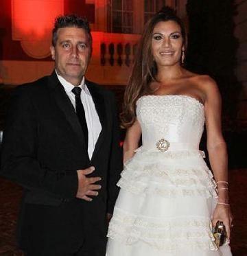 Florencia de la V y su traje de novia