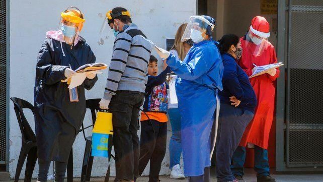 a-la-busqueda-del-viruslos-equipos-salud-siguen-relevando-los-barrios-rosario