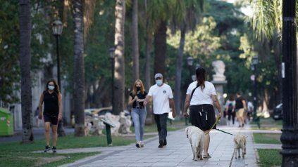 El tiempo en Rosario: siguen los días cálidos y la máxima llegará a los 28 grados