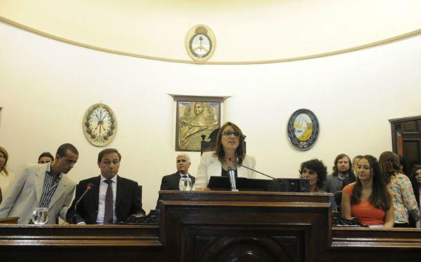 La titular del Palacio de los Leones abrió las sesiones del Concejo Municipal. (Foto: G. de los Ríos)