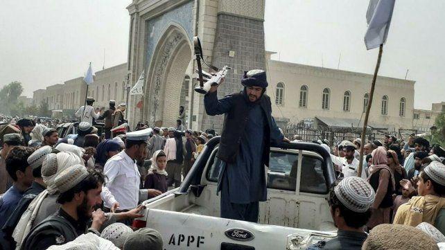 Tensión. El Talibán capturó casi todo Afganistán en algo más de una semana.