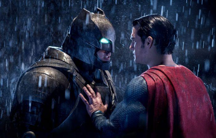 Ben Affleck y Henry Cavill interpretan a Batman y Superman respectivamente.