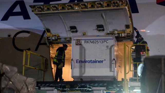 Arribaron más dosis de AstraZeneca y el país llegó a los 25 millones de dosis