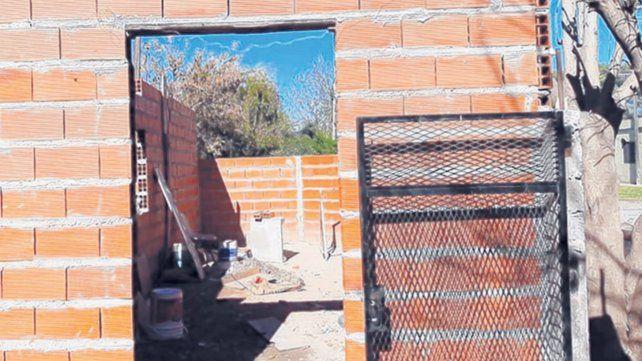 En medio de la pandemia, vecinos intentan terminar de construir un merendero
