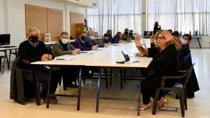 Autoridades provinciales volverán a reunirse con representantes de sectores afectados por la pandemia.