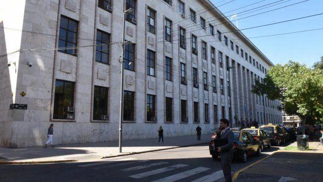 Los Tribunales provinciales atenderán de 8 a 13 en Rosario y Venado Tuerto