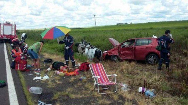 Cuatro autos argentinos protagonizaron un fatal accidente en las rutas de Brasil