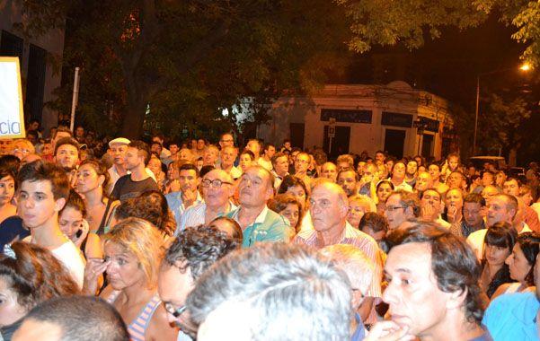Racción. Unos 500 venadenses marcharon para que se aclare el crimen.
