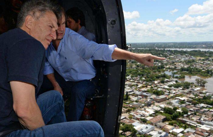 Macri sobrevuela la zona inundada de Concordia junto al gobernador de Entre Ríos