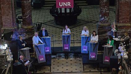 El debate en la UNR debería ser el primero de varios encuentros entre los candidatos a senador. Y también a diputado.