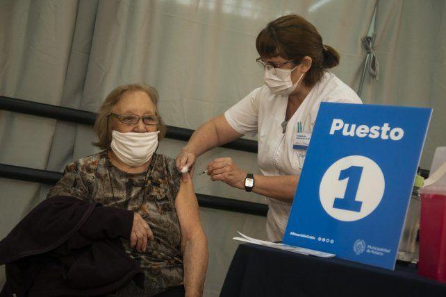 Vacunaron a 440  agentes que participan de operativos sanitarios