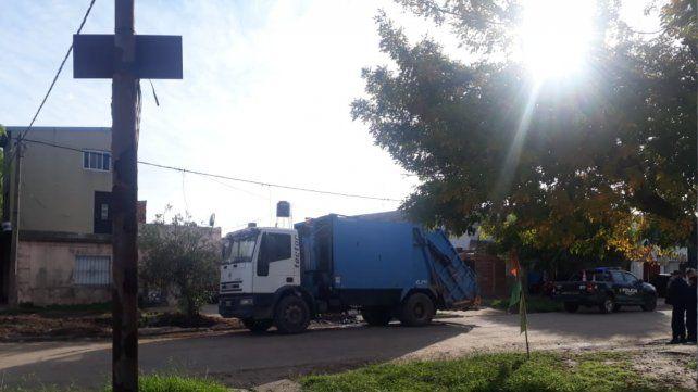 Los operarios del camión de recolección de residuos encontraron el cuerpo.