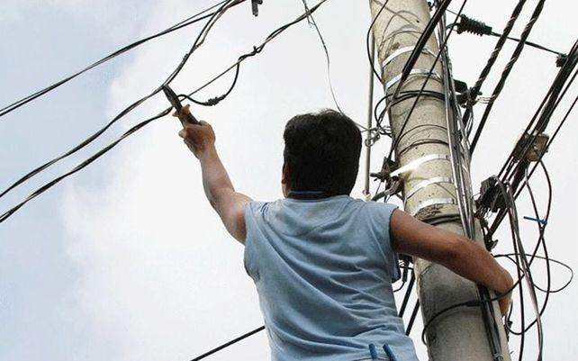 Carcarañá: murió carbonizado al intentar robar cables de un transformador de la EPE