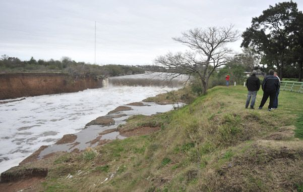 Aguas abajo. La propuesta del Ejecutivo es una intervención integral en torno al arroyo Saladillo. (foto: Héctor Rio)