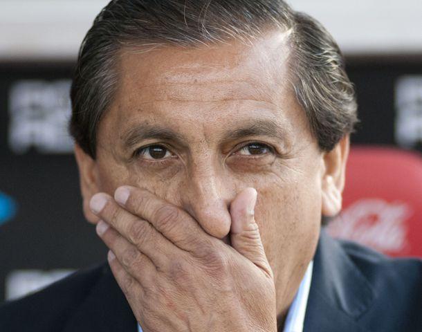 Olfato. El técnico millonario ensaya tres variantes contra Rafaela.