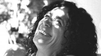 Sonrisa bajo el sol. Lila Gianelloni, humor y sensibilidad.