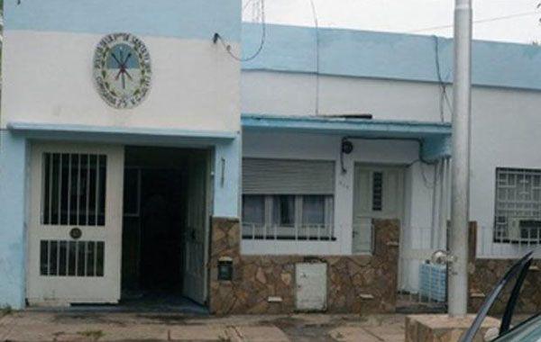 Personal de la comisaría 25 de Villa Gobernador Gálvez intervino en la detención.