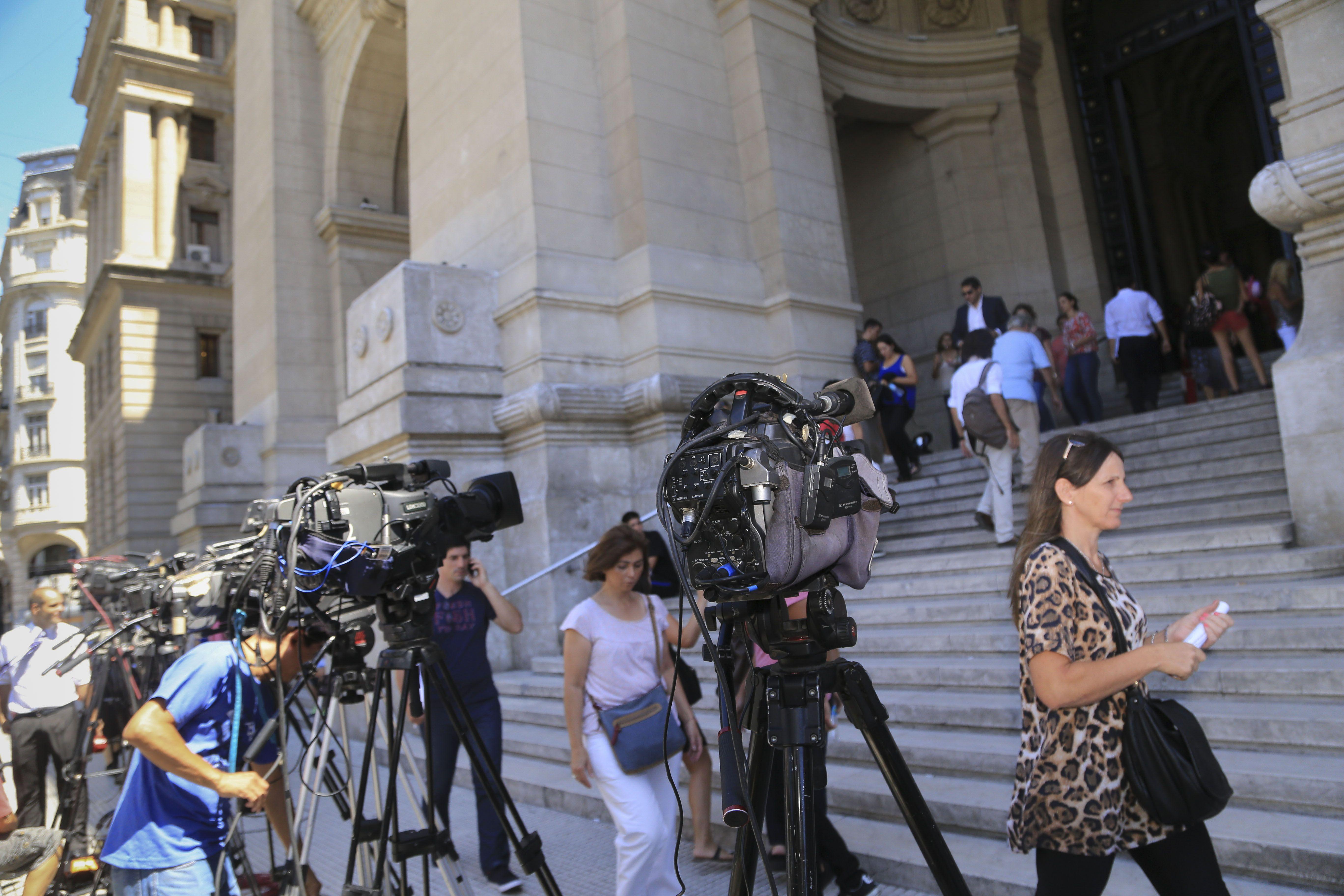 expectativa. Stiuso ingresó al Palacio de Justicia porteño por una puerta lateral y evitó exponerse frente a la prensa antes de comenzar a hablar.
