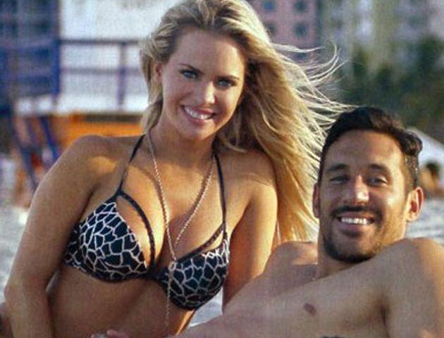 Alejandra Maglietti y Jonás Gutiérrez celebraron su amor en las playas de Miami.