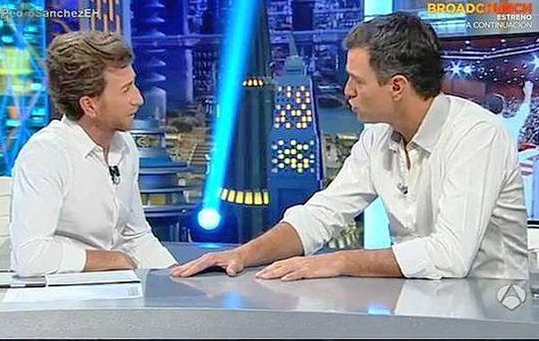 """Farándula. Pedro Sánchez (der.) intervino en """"El Hormiguero""""."""
