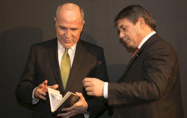 Lorenzetti presentó su libro en la Fundación para la Democracia