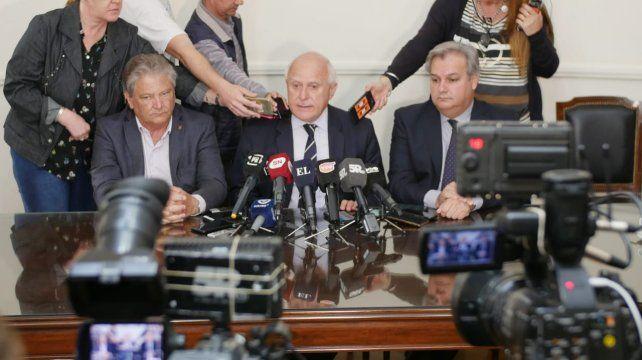 El gobernador Miguel Lifschitz dio precisiones sobre el proceso de transición con Omar Perotti.