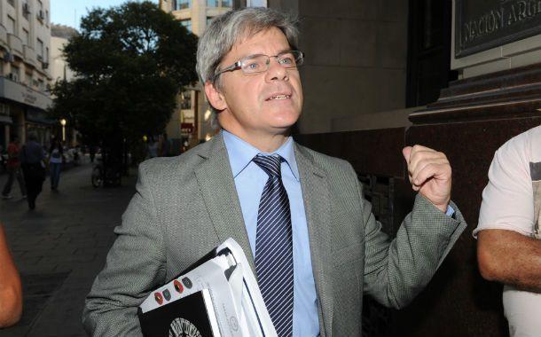 Análisis. Barraguirre habló sobre los fondos buitre en la UCA.