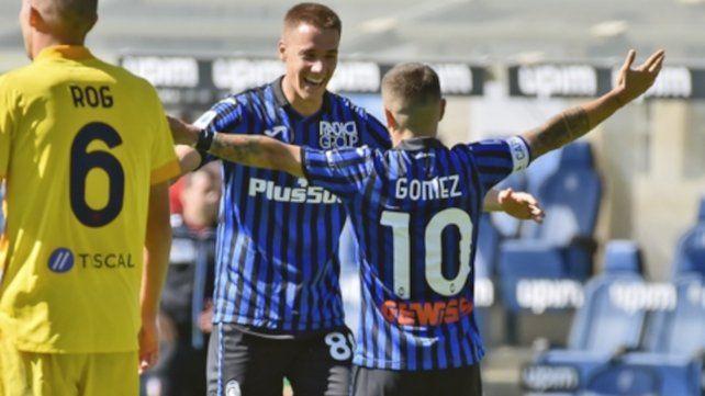 Papu Gómez marca el 2 a 1 parcial a los 29 minutos del primer tiempo, estirando su presente goleador en el torneo italiano.