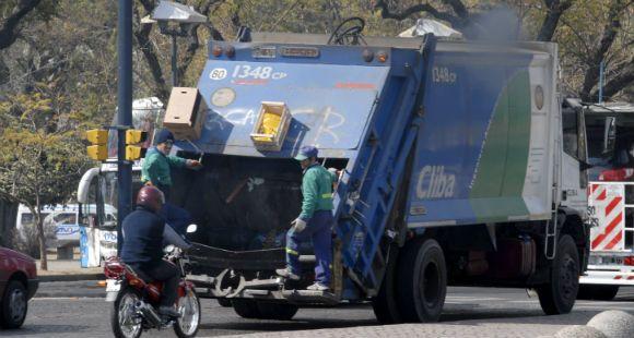 Las empresas recolectoras de residuos no quieren invertir ni en una tuerca
