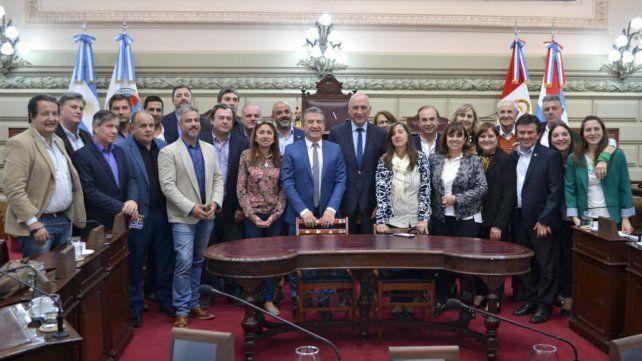 En la Cámara baja. Legisladores santafesinos y entrerrianos cuestionaron ayer a la Casa Rosada.