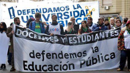 Los docentes universitarios paran en reclamo de mejoras salariales. (Foto de archivo)