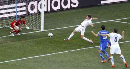 Una Italia sin definición empató 1 a 1 con Nueva Zelanda y teme por la clasificación