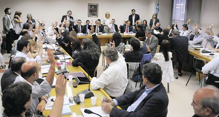 Diputados avanzó con el paquete de leyes económicas para el 2012