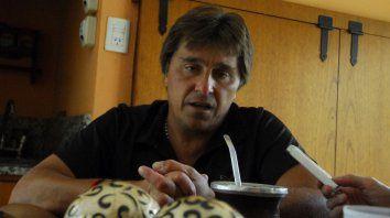 Huevo Toresanifue encontrado muertoen la sede de la Liga Santafesina de Fútbol, donde estaba viviendo.