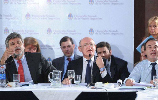 Dos en la defensa. El senador Filmus y el canciller Timerman expusieron los argumentos a favor del acuerdo con Irán.