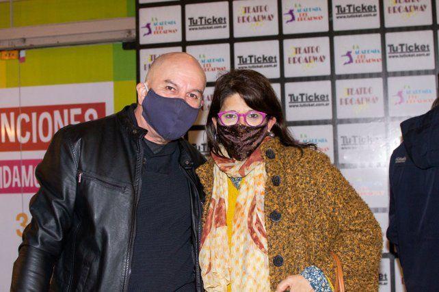 Silvia Martin y Javier Casclo