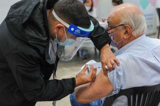 El domingo llegan 864 mil nuevas vacunas contra coronavirus