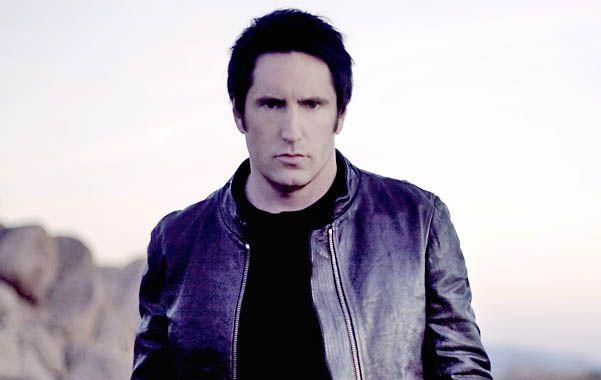 """En el camino. Reznor comenzó su carrera a fines de los 80. En 2011 ganó un Oscar por la música de """"Red social""""."""