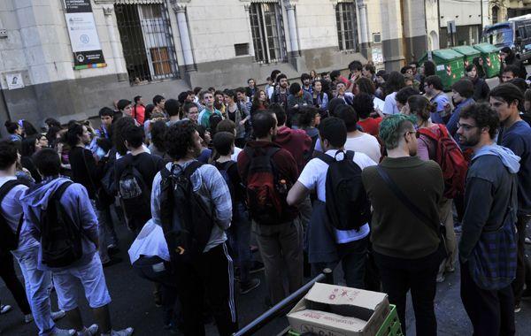 Terminó la toma en Humanidades y el lunes los alumnos vuelven a clases.