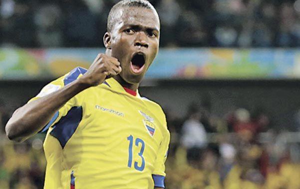 Gritó dos. Enner Valencia calmó rápido los ánimos con el 1-1 y desató la alegría ecuatoriana con el 2-1.