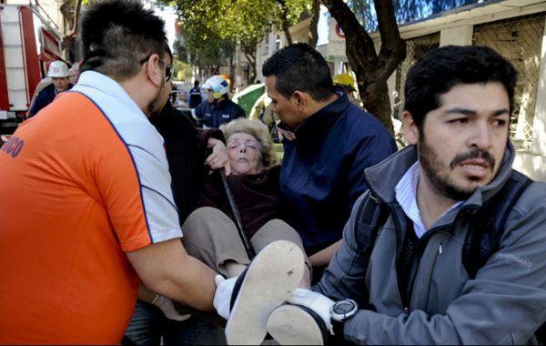 Francisco envió un mensaje de consuelo para las víctimas. Foto: AP.