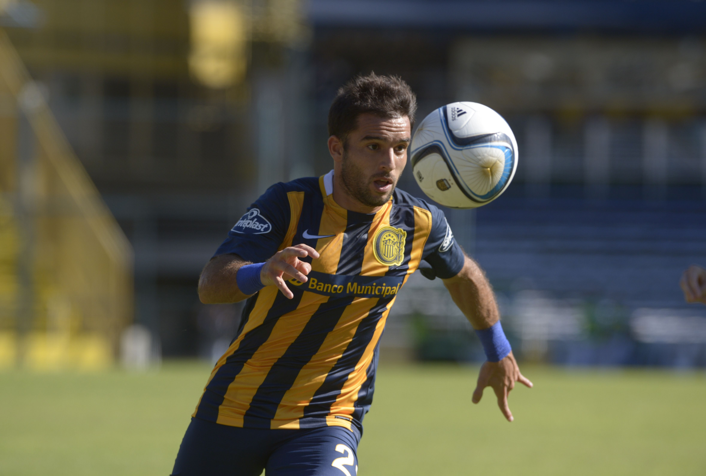 Franco Niell ingresa en el primer equipo en reemplazo de Marcelo Larrondo.