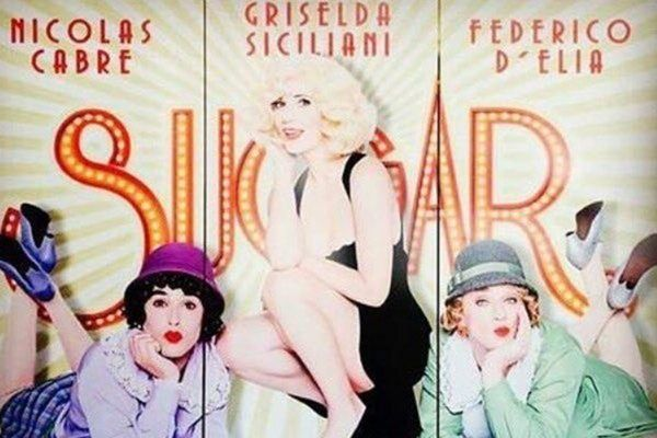 La perlita del cartel de la obra de Griselda Siciliani que mojó la oreja de Adrián Suar