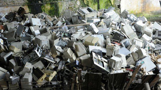 Recepcionan residuos informáticos para ser reciclados