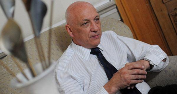 Bonfatti anticipó que evalúa aumentar el inmobiliario rural