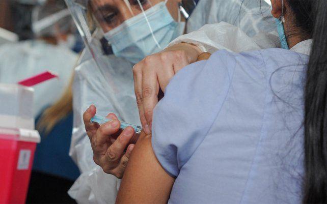 el-operativo-vacunacion-avanza-los-agentes-sanitarios